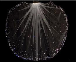 Canada 2018 pas cher Bling vente chaude étincelant haute qualité 1 couche de cristaux voiles de mariage avec peigne libre blanc / ivoire accessoires de mariée pas cher vente supplier ivory bridal veils crystals Offre