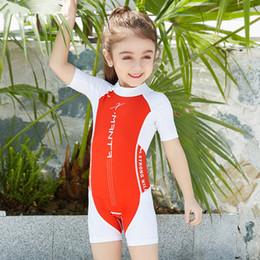 weiße kinder bikinis Rabatt Kinder Bademode 2018 Neueste Baby Mädchen Jungen Badeanzug Kind Sommer Sonnencreme Bademode Badeanzug Kurzarm Und Hose Kostüm Beachwear