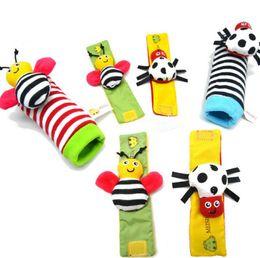 Wholesale ladybug bee - Baby Newborn Rattles Bee Ladybug Cotton Socks Foot Wrist Rattle Baby Educational Toys Cartoon Animal Baby Socks OOA4580