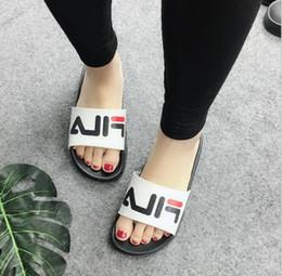 Wholesale rubber slippers for men - Fashion slide sandals slippers for men women WITH 2018 Hot Designer flower printed unisex beach flip flops slipper BEST QUALITY