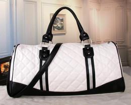 Wholesale black leather duffle - 2018 new fashion men women travel bag duffle bag, brand designer luggage handbags large capacity sport bag