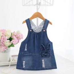 vestido de niña de blue jeans Rebajas Baby Jumper Dress Blue Denim Dresses Cross-back Jumper Toddler Girls Ropa de verano Jeans Baby Clothes Robe Vestido A014
