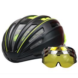 Brille Fahrradhelm Straße Berg MTB Fahrradhelm Ciclismo Ultraleicht In-mold Fahrrad Mit Brille 55-61 CM von Fabrikanten