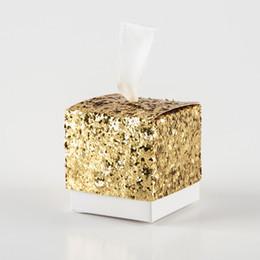 Fête éclatante d'or en Ligne-3 Couleurs Or Glitter Boîte De Bonbons Avec Ruban Noces Cadeau Faveurs Boîte En Gros