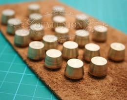 Remaches de cuero diy online-Remache de tornillo de latón macizo redondo 20pcs 9mm con proceso de cuero Chicago DIY