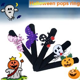 halloween spider rings Coupons - Halloween Decorations Pops Ring Cloth Pat Circle Pat Bracelet Pumpkin Spider Skull Ghost Pat Circle Bracelet Halloween Gift Kids LE104
