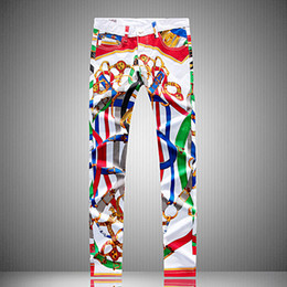 Erkek Düzensiz Boyalı Graffiti Baskı Tasarım Jeans Düz Uzun Kalem Pantolon Erkek Genç Beyaz Kot Streetwear Sim Biker Kot Pantolon Jean cheap white graffiti pants nereden beyaz grafiti pantolonları tedarikçiler