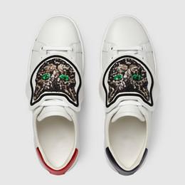 Luxe Paillettes Brodées Chat Casual Chaussures Designer Bas Top Remontable Patch En Cuir Blanc Hommes Femmes Sneakers Taille 35-46 ? partir de fabricateur
