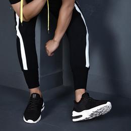 Zapatillas de deporte de los hombres Deportes al aire libre Flying Weaving Zapatos de marea ocasionales Cojín de aire Salvaje Deportes Casual Running Shoes For Men Tamaño grande 39-45 desde fabricantes
