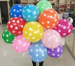 2019 fuentes de la fiesta de cumpleaños del lunar 2018 ventas calientes 12 Pulgadas de Látex Polka Dot Partido Grueso Fiesta de Cumpleaños Decoración de La Boda Suministros Juguete de Regalo de los niños 100 unids / lote fuentes de la fiesta de cumpleaños del lunar baratos