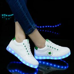 Ragazzi illuminano scarpe ragazza online-Scarpe da ginnastica luminose Scarpe da bambini lampeggianti per la danza del fantasma Scarpe da ginnastica luminose a led per le ragazze dei ragazzi Light Up Shoes Ricarica USB