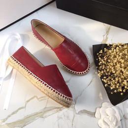 Blanco negro verde azul azul plata oro rojo marca Mujeres Alpargatas Zapato de pescador Tacón bajo Cuero genuino Zapatos de ocio para mujer pisos tamaño 35-41 desde fabricantes