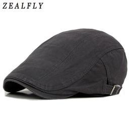 2019 gorras planas para hombre Gorras retro británicos hombres boinas  gorras de algodón viseras casuales ajustables 91abe61304a