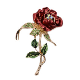 Wholesale pcs garment accessories - 1 PCS Red Rose Flower Brooch Garment Accessories Wedding Bridal Jewelry Crystal Brooches for Men  Women