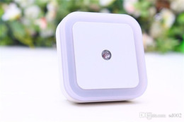 Levou pequeno luz noturna plug on-line-Economia de energia Noite Lâmpada de Segurança Plug Em Tipo de Luz LED Rodada Quadrado Folhas Amor Coração Forma Pequena Maré 1 6rc CB