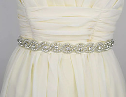 Fajín hecho cinta online-Envío gratis mujeres nupcial accesorios de vestir hechos a mano con cuentas de cristal cinturón Sash Sash barato para novias cinta de satén