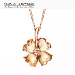 Wholesale Neoglory Necklace - Neoglory Rose Gold Color Charm The four leaf clover Design Pendant & Necklaces For Women Zircon Fashion Jewelry 2017 New Brand