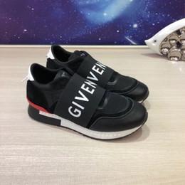 Argentina 2018 año Nueva marca de moda avanzado manual de ocio zapatilla de deporte de Cuero Genuino zapatillas de tamaño 38 ~ 45 El modelo 8845 Suministro