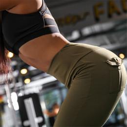 pantalon de yoga de l'armée Promotion 2018 Mode Femmes Hanches Push-up Pantalon Capris Armée Vert Boutons Avec Poche Arrière Femmes Sport Yoga Pantalon De Course Leggins FS5277