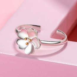 anelli di fiore di ciliegio Sconti Intera vendita2018 Nuovo arrivo Argento Colore Daisy Cherry Blossom Anello per dito Donna Anelli Anello di fidanzamento classico