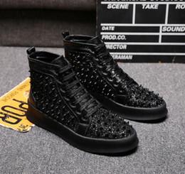 Meistverkaufte kleidschuhe online-Die meistverkauften schwarzen Diamanten Männer und Frauen zeigen Mode lässig Schuhe Loafers. lässige Hochzeitskleid Schuhe 38-44 x24