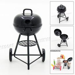 Accesorios de cocina online-Odoria 1:12 Miniatura de hierro Barbacoa Parrilla Utensilios de cocina para el jardín Accesorios de cocina para casas de muñecas al aire libre