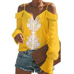Верхняя блузка онлайн-Women Printed Shirt Women Sexy Spaghetti Strap Cold Shoulder Blouse Casual Autumn Flare Sleeve Top Blusas Mujer