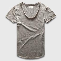plain tee shirts großhandel Rabatt Großhandels-Plain Basic Top Tees Männer beiläufige tiefe V Scoop Neck T-Shirt männlich Slim Fit T-Shirt Luxus Curved Hem Navy T Muscle