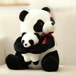 Piccolo panda panda online-25cm 30cm nuovo stile padre panda peluche per bambini morbido piccolo peluche peluche bambola orso giocattoli la081