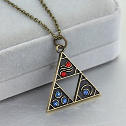 ceramic time Promo Codes - The Legend of Zelda Necklace Vintage Antique Bronze Zelda Triangle Pendant Necklaces Gate of Time Fashion Jewelry Accessories