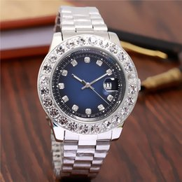 Wholesale watch 45mm - 45MM diamond watche relogio masculino mens watches Luxury dress designer fashion Black Dial Calendar gold Bracelet Folding Clasp Master Male