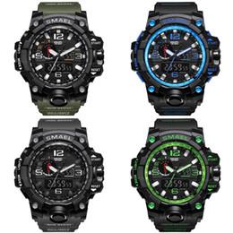 Reloj digital hombre deportes al aire libre moda multifunción impermeable luz de la noche despertador Parejas Relojes tácticos venta caliente 35sm bb desde fabricantes