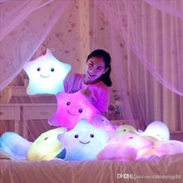 2019 tipos de brinquedos para bebês 12 meses Bonecas de pelúcia LED Stars Luz Colorido Almofadas Populares Brinquedos De Pelúcia para Crianças shinning estrela presente para o bebê # 240