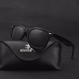 2019 pinhole sonnenbrille MINCL / Anti-Myopie Pinhole Brille Pinhole Sonnenbrille Augenübung Sehkraft Verbessern die natürliche Sehkraft Pflege Brillen LXL günstig pinhole sonnenbrille