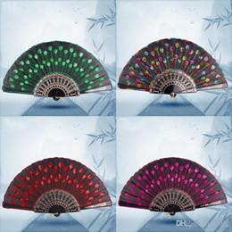 ventilatori a mano in plastica Sconti Paillettes Danza Fan Ricamato Peacock Pieghevole Designer di mani Fans per le donne Puntelli per spettacoli di scena in plastica Molti colori 1 8zq ZZ