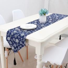 Tessuto di lino blu online-Runner retrò tessuto stampa artistica cotone lino stile etnico letto bandiera negozio decorare modello blu sottobicchieri popolare 23qcb4 v