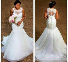 alças de strass sereia casamento vestido Desconto Elegante Sereia Vestidos de Casamento 2019 Sheer Pescoço Apliques de Renda Tule Plus Size Vestidos de Noiva Barato Vestidos de Noiva Ilusão de Volta