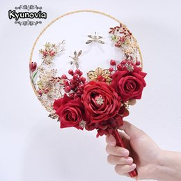 bouquet fiorito unico Sconti vendita all'ingrosso New Unique Fan Tipo Wdding Flower Broach Jeweled Crystal Bouquet da sposa Red Silk Rose Boquets D26