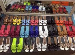 wc cover Rebajas Sandalias de moda 2018 sandalias de gama alta de las mujeres francesas de cuero de las señoras zapatillas de cuero de la suela zapatos de mujer de gama alta de fondo plano