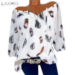 d68a0ffb30755a Laamei 2018 5XL Women Fashion Feather Printed Five-sleeve V-neck Tunic Top  Loose Blouse Shirt Casual Vintage Blusas Plus Size