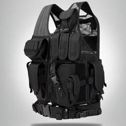 Nuevo chaleco táctico multifuncional al aire libre de alta calidad chaleco de verano CS chaleco de combate de malla respirable de los hombres negros desde fabricantes