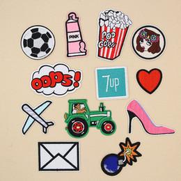 Пятки появляются онлайн-Попкорн футбол бомба сердце высокий каблук вышивка патчи ой шить железо на аппликация патч знак поп-арт DIY одежда Джинсы куртка сумка шляпа