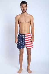 Usare i vestiti online-Summer Flamingo USA Flag Beach da uomo Tronchi da bagno Quick Dry costume da bagno uomo Fashion Beach Shorts K805 S-XL 6 colori