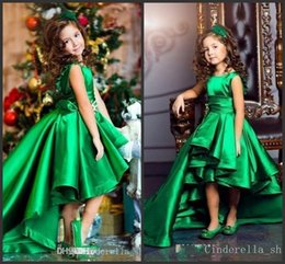 Wholesale Emerald Green Sashes - 2018 Emerald Green Hi-Lo Girls Pageant Jewel Sleeveless Satin Flower Girls Child Birthday Party Wear Communion Gowns Cheap