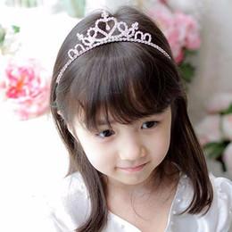 Fasce di capelli occidentali online-Accessori per capelli Western Cute Girls Wedding Crystal Princess Crowns Strass Fascia Tiara Quinceanera Heart Crown