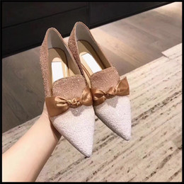Wholesale princess style women dresses - 2018 New Style Sequins Gradient Bow Shallow Tip Flats Women's Shoes Princess Shoes come with box and bags 35-39 free shipping