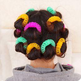 bigoudi grand Promotion 6 pcs / pack Grande taille 7.5 cm Nouveau Styling Roller Hairdress Magic Bendy Curler Spiral Curls Outils de bricolage