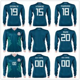 Venta caliente camiseta de fútbol 2018 copa del mundo México casa 18 A  GUARDADO 19 O PERALTA 20 camiseta de fútbol AQUINO al por mayor ffc913c9f91af
