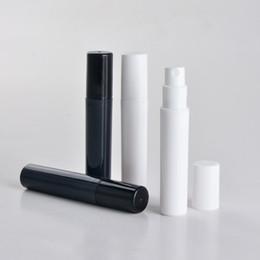 Bouteille de parfum 4ml en Ligne-100pcs / lot 2 ml 3 ml 4 ml 5 ml mini bouteille de parfum en plastique de pulvérisation, petit atomiseur de parfum noir de promotion promotion