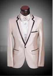 traje de plata pajarita Rebajas Alta calidad Champagne Groom Tuxedos Groomsmen Blazer Notch Solapa Un botón Hombres de negocios Fiesta formal Fiesta Traje (chaqueta + pantalones + lazo de arcos) 248